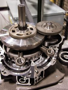 harley-davidson-milwaukee-eight-v-twin-engine-7-gear-driven-counter-balancer